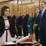Dolors Montserrat jura su cargo como nueva ministra de Sanidad, Servicios Sociales e Igualdad