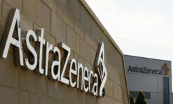 Logotipo de AstraZeneca, que ha mostrado resultados positivos de Durvalumab.