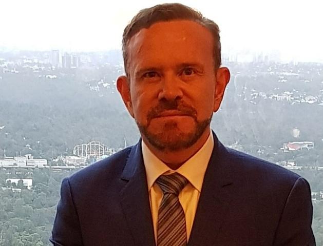 Oncólogo de cáncer de mama Ernesto Sánchez Forgach