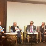 Expertos participantes en la mesa redonda La innovación, ¿coste o inversión?