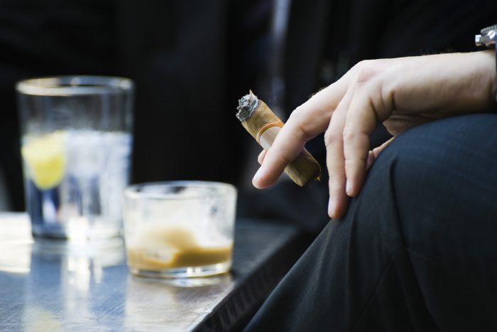 efecto del tabaquismo y el alcohol en la diabetes