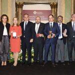 Foto de familia de los Premios del Consejo de Farmacéuticos.