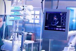 """""""Los centros sanitarios no invierten lo suficiente para corregir la obsolescencia tecnológica"""