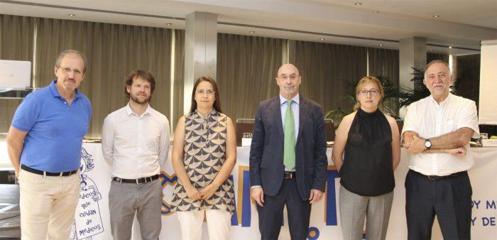 Participantes en el XVII Círculo Sanitario de AMYTS.