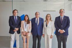 """""""El Colegio de Médicos de La Rioja firma la póliza colectiva de vida con AMA"""