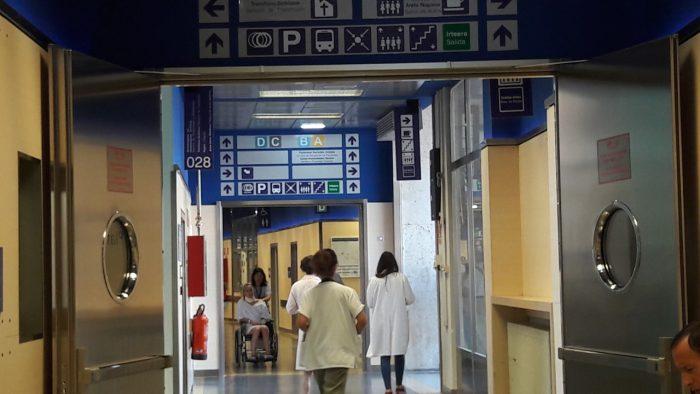 Valencia_sanitarios_cobrarán_extras
