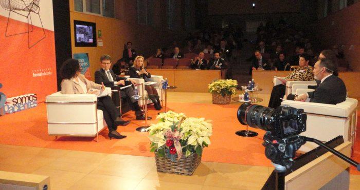 Humberto Arnés moderó una de las mesas de debate.