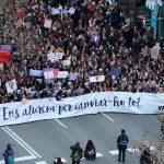 Médicos_Cataluña_apoyan_huelga_feminista
