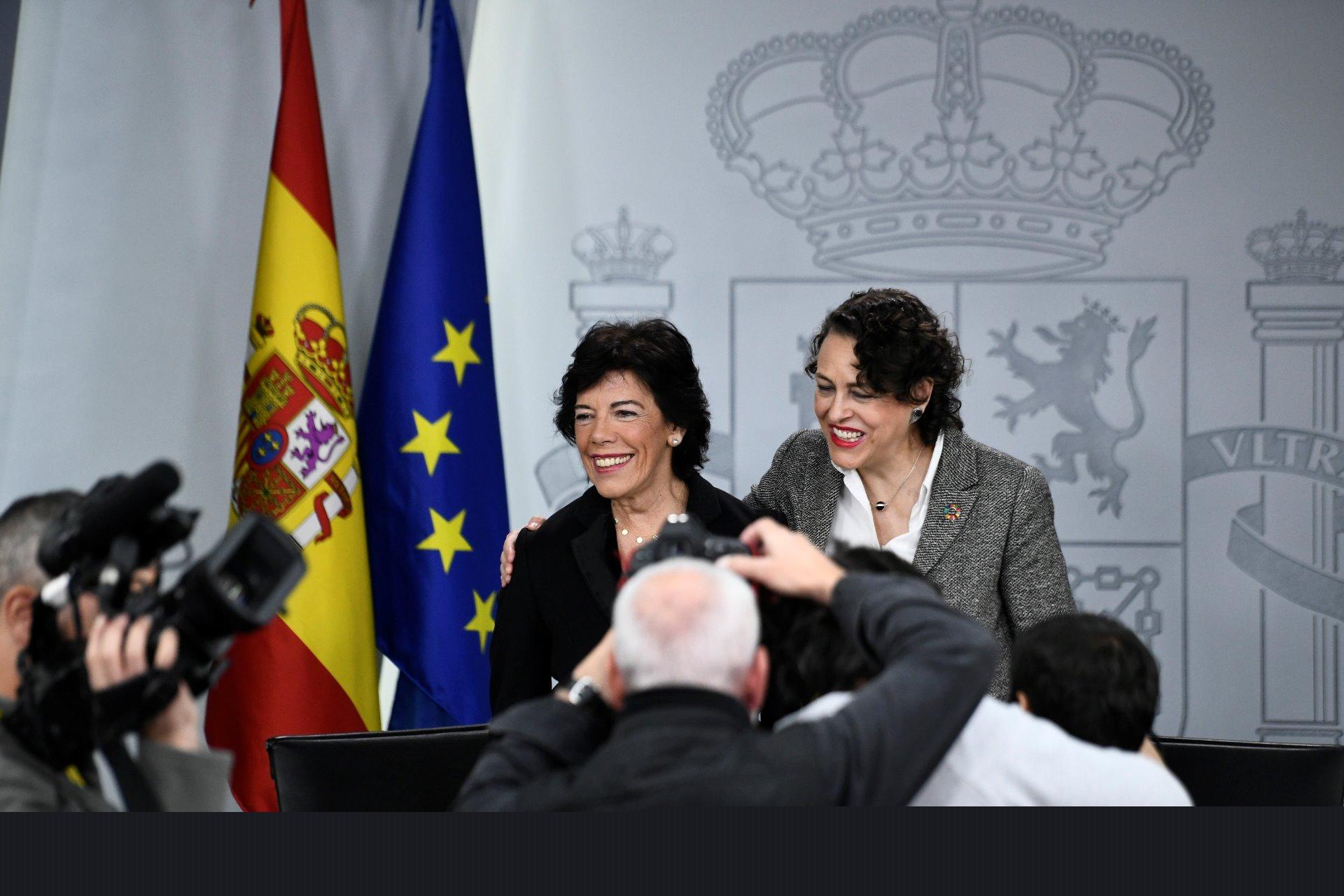 El Consejo de Ministros aprueba 18,8 millones para el programa de Becas Beatriz Galindo - El médico interactivo - El Médico Interactivo