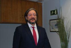 Álvaro Rodríguez-Lescure, presidente de la SEOM, que ha actualizado las guías de cáncer de pulmón microcítico.