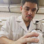 Mario Rodríguez Canales, investigador de la ENCB, analiza las propiedades antiinflamatorias y antioxidantes de los extractos de las cortezas de árboles