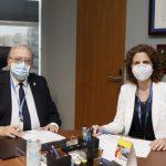 AMA firma con el Col-leggi Oficial D´Enfermeres i Enfermers de Barcelona