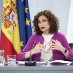 España recibirá a partir del verano 17 millones de dosis adicionales de la vacuna de Moderna, según ha anunciado Montero