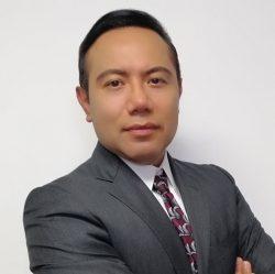 El Dr. Saynes habla sobre la otitis media en pacientes mexicanos