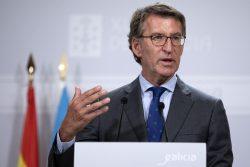 Núñez Feijoo, durante su comparecencia para anunciar que Galicia plantea prohibir fumar en público.