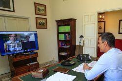 Pedro Sánchez, durante la reunión para analizar el Plan de Respuesta Temprana.