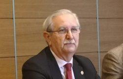 El CGCOM, que preside Serafín Romero, alerta del riesgo de desbordamiento asistencial.