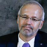 El Colegio de Médicos de Madrid, que preside Manuel Martínez-Sellés, ha elaborado un informe sobre las protecciones antiCOVID-19.