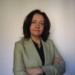 La doctora Elena Martín presidirá la AEC
