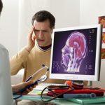 paciente que sufre en migraña en atención primaria