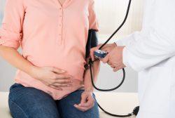 revisión de embarazo por riesgo de preclamsia