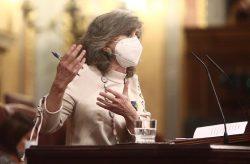 Luisa Carcedo, en la defe sa de ,a regulación de la eutanasia.