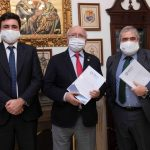 Colegio de Médicos de Huelva firma la póliza AMA Vida
