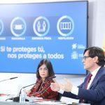 """Salvador Illa y Carolina Darias han pedido reducir """"al máximo"""" la movilidad y los contactos sociales para intentar contener la tercera ola de la COVID"""