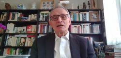 Anton costa en la presentación del libro sobre economía y salud