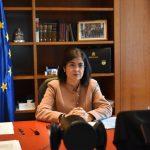 Carolina Darias, ministra de Sanidad, ha informado de que España no registra ningún problema trombótico relacionado con la vacuna COVID de AstraZeneca