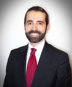 Entrevista oftalmólogo Pedro Arriola
