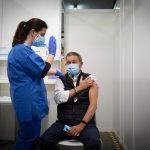 La Comisión de Salud Pública decidirá mañana si se administra la segunda dosis de AstraZeneca