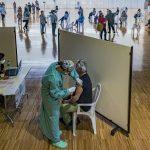 Sanidad propone a las CCAA vacunar con AstraZeneca sólo a los mayores de 60 años. Foto de recurso