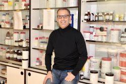Gorka Orive, profesor de Farmacia de la UPV-EHU habla sobre lo que ocurre con AstraZeneca